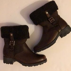 UGG Bellvue Brown 1914 Boots Size 6